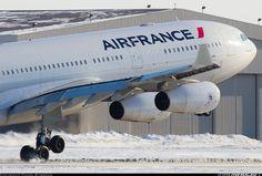 Air France Airbus A340-313 F-GLZS touching down at Montréal-Trudeau, February 2014. (Photo: Galen Burrows)
