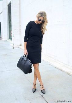 #BlackDress #SexyDress #BlackBag #BlackStyle #BlondHair #SunGlasses #Heels #SexyStyle #ClassyStyle
