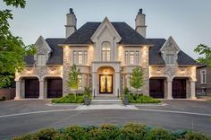 Majestic Richmond Hill Residence 49 Westwood Lane, Richmond Hill, Ontario, Canada - Browse luxury mansions while dreaming of your very own multi-million dollar house, filled to the brim with everything your heart desires. - Luxury Homes Luxury Homes Exterior, Dream House Exterior, Exterior Design, Exterior Colors, Stone Exterior Houses, Custom Home Designs, Custom Homes, Dream Home Design, My Dream Home