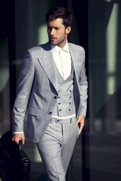 Louis Copeland suit, shot by Daniel Holfeld \ Photography