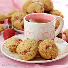 San Diego Strawberry Muffins via @RoxanaGreenGirl {A little bit of everything} and @Kim Kelly