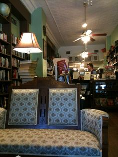 Stone Alley Books and Collectibles - Galesburg, IL