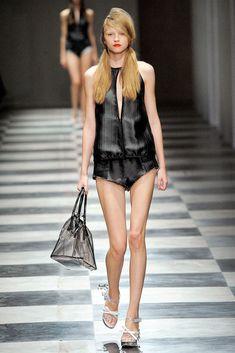 Prada Spring 2010 Ready-to-Wear Fashion Show - Anabela Belikova
