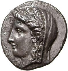 Statere - argento - Delfi, Focide, Grecia (336-334 a.C.) - Demetra con capo velato e corona di spighe vs.sn. . Münzkabinett Berlin