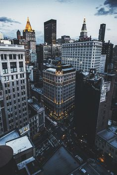LovesNewYork: ikwt: City Life (riversideblues) |...