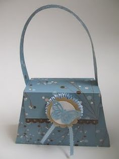 paper purse to take jewelry home in