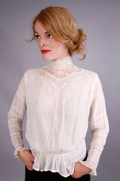 1910's blouse . antique white edwardian blouse . lace top . open work lace embroidered shirt