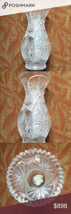 Hand Cut Lead Crystal Glass Vase Hand Cut Lead Crystal Glass Vase Genuine Hand Cut Collection  Good condition like new 🎁 Accessories Glasses