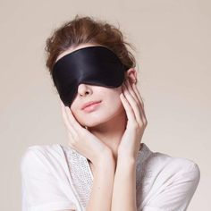 Super Smooth Silk Sleep Mask and Blindfold - The Natural Posture
