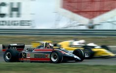 Nigel Mansell, Team Essex Lotus 81B, side-by-side with Rene Arnoux, Equipe Renault Elf RE20, Dutch Grand Prix, 31-08-1980, Zandvoort