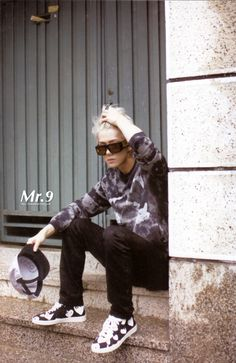 EXOdicted - EXO Fansite: [SCANS] 130805 EXO 1st Repackage Album 'Growl' Photobook + Photocard - Part 1 - Sehun
