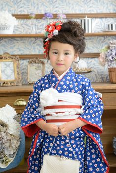 Japanese Kids, Japanese Design, Kimono Japan, Japanese Kimono, Geisha, Girls Dresses Sewing, Japanese Costume, Asian Kids, Hair Setting