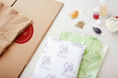 Goodbye Plastic, Hello Jute: How Plated Delivers Ingredients in Sustainable Packaging Lawyer Gifts, Meal Delivery Service, Food Plating, Weeknight Meals, Jute, Cooking Tips, Packaging, Lawyers, Product Photography