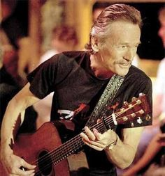 Gordon Lightfoot- Saw in Winnipeg!!! Great small venue and intimate concert!!!