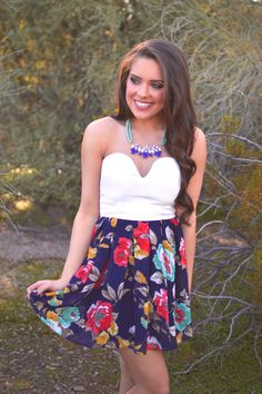http://www.closetcandyboutique.com/collections/new-arrivals/products/america-s-sweetheart-dress-navy