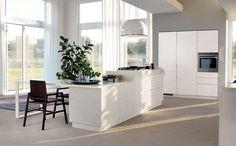 Mood con isola, Scavolini - La cucina Mood di Scavolini è moderna ed essenziale.