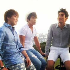 Sungmin, Donghae, and Siwon in Hawaii