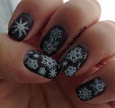 Black and White Snowflake Nails