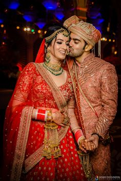 New Ideas for indian wedding couple dresses bridal lehenga Indian Wedding Poses, Indian Bridal Photos, Indian Wedding Couple Photography, Indian Bridal Outfits, Indian Bridal Fashion, Indian Bridal Wear, Couple Wedding Dress, Wedding Couples, Wedding Couple Photos