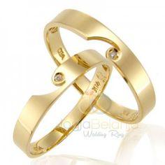 Perajin perak profesional Kotagede kembali memperkenalkan sepasang cincin dengan desain yang unik. Cincin Kawin Udreka dibuat dari perak 925 yang telah dilapis dengan rhodium warna emas kuning. Des…