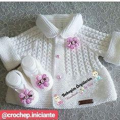 Knitting pattern available on Baby Knitting Patterns, Baby Cardigan Knitting Pattern, Knitted Baby Cardigan, Knit Baby Sweaters, Knitted Baby Clothes, Knitting For Kids, Knitting Stitches, Baby Patterns, Crochet Patterns