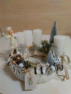 Christmas Floral Arrangements, Christmas Centerpieces, Christmas Decorations, Table Decorations, Holiday Decor, Winter Christmas, Christmas Wreaths, Xmas, Handmade Christmas