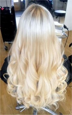 Meanwhile.. is some alternate universe.. someone has this perfect hair! Beautiful
