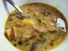 Huby sú asi najobľúbenejšia potravina pani fooddrinkovej a táto polievka je naozaj vydareným dielom.<!--more--&... Cheeseburger Chowder, Food And Drink