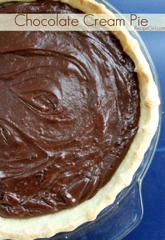 The most awesome, creamy & rich Chocolate Cream Pie #recipe|
