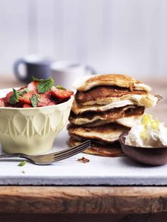 American brunch pancakes - grainfree, sugarfree, low carb and LCHF --> TheCopenhagenKitchen.com