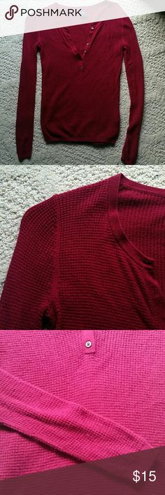 GAP long sleeve thermal tee berry color size S GAP long sleeve thermal tee size S. The color is more of a dark purple. GAP Tops Tees - Long Sleeve