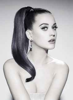Katy Perry with sleek & chic pony | #celebrityhair #ponytail #katyperry