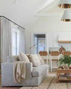Coastal Living Rooms, Living Room Grey, Living Room Kitchen, Home And Living, Cozy Living, Living Room Flooring, Living Room Furniture, Living Room Decor, Steampunk