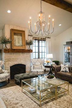 Rustic modern farmhouse living room decor ideas (43) #livingroomideas