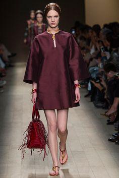 Valentino Spring 2014 Ready-to-Wear Fashion Show - Ashleigh Good