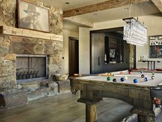 Spectacular alpine ranch house with rustic-modern details in Montana Pool Table Room, Pool Tables, Interior Design Examples, Design Ideas, Bar Designs, Pool Table Lighting, Rustic Fireplaces, Modern Fireplace, Billiard Room