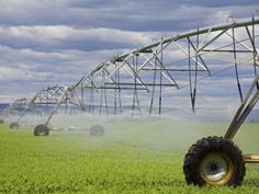 Agricultural Irrigation System in Moses Lake Region Photographic Print by Richard Cummins