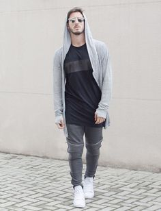 Sweatpants are the new cool, that everyone must have in their wardrobe. Here are 7 Insanely Awesome Ways to Style up with your Sweatpants! Sport Chic, Sport Girl, Sport Fashion, Mens Fashion, Fashion Trends, Sport Outfits, Casual Outfits, Fashion Outfits, Streetwear