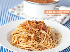 Spaghetti Bolognese is a popular Italian pasta dish served with a tomato-based meat sauce. Traditionally, the bolognese sauce is served with tagliatelle (long flat pasta).
