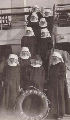 On February 25, 1931 (the feast of St. Walburga), Mother Leonarda Fritz, OSB and ten Sisters arrived at St. Vincent Archabbey, Seminary and College, Latrobe, Pennsylvania.