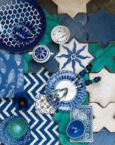 여름 공간을 위한 에스닉 컬러, 블루 : 네이버 매거진캐스트