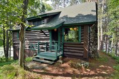 A Love For Vintage & Lakes - Vintage Lake Cabins - Cummins Cabins #blogpost #architecture #cabins