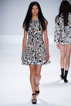 Vivienne Tam Spring 2014 Ready-to-Wear Fashion Show
