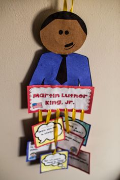 This is a fun project for Martin Luther King, Jr. Day! A mobile full of MLK facts. Buzzing with Ms. B