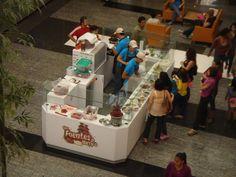 Islas y Exhibidores de Alimentos en Plazas Comerciales