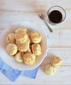 Scones sin huevo Profiteroles, Pretzel Bites, Biscuits, Cereal, Breakfast, Food, Easy Recipes, Deserts, Appetizers For Party