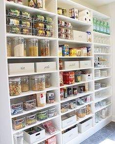 Mind-blowing Kitchen Pantry Design Ideas for Your Inspiration Wizard Ways To Arrange Your Pantry – By paring down your pantry staples and also employing a few wise organization tricks, you can have the tidy, sleek storage space you have actually const Kitchen Pantry Storage, Kitchen Pantry Design, Kitchen Pantry Cabinets, Best Kitchen Designs, Pantry Organization, Kitchen Ideas, Organized Pantry, Organizing, Kitchen Decor