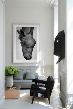 Modern Equestrian Decor Ideas to Flow Seamlessly With Your Home - The Plaid Horse Magazine Equestrian Decor, Equestrian Style, Modern Farmhouse Decor, Living Room Art, My New Room, Horses, Horse Horse, House Design, Design Case