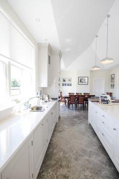 #whitekitchen White kitchen design ideas! Beautiful Kitchen Designs, Beautiful Kitchens, Living Environment, Modern Farmhouse Style, Open Plan Kitchen, Luxury Living, Lounge, House Design, Room