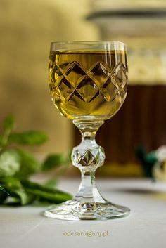 miętówka Polish Recipes, Irish Cream, Home Food, Mason Jar Wine Glass, Olive Green, Tableware, Beverages, Cooking, Gastronomia